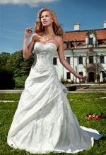 janet-annais-bridal