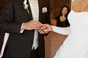 Der Streseman eignet sich für den Bräutigam hervorragend bei der Hochzeit