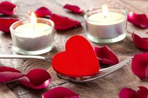 Die Hochzeitsdekoration ist ein wichtiges Element bei der Hochzeit
