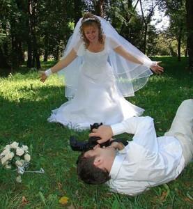 Fotos und Videos sollten bei der Hochzeit immer von einem professionellen Fotografen geschossen und gedreht werden