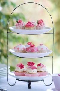 Cupcakes und Minitorten stellen eine süße Alternative zur Hochzeitstorte dar