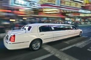 Bei der Hochzeit sollte schon bei der Planung an das Hochzeitsauto gedacht werden