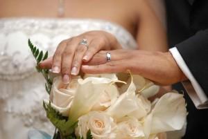 Beim Kauf des Eheringes sollten keine vorschnellen Entscheidungen getroffen werden