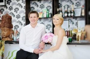 In der Brauttasche können wichtige Utensilien untergebracht werden