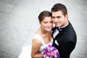 Bei der orthodoxen Hochzeit finden sich ähnliche Hochzeitsbräuche wie in der katholischen Kirche