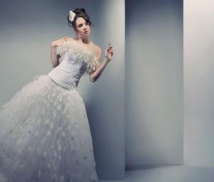 Das Brautkleid sollte  bei der Hochzeit immer noch erstrahlen und sollte so aufbewahrt werden, dass es keine Flecken bekommt