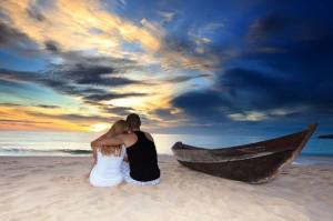 Die Hochzeitsreise muss nicht immer im Flieger erfolgen, denn es bieten sich zahlreiche Möglichkeiten an, um in die Flitterwochen zu kommen