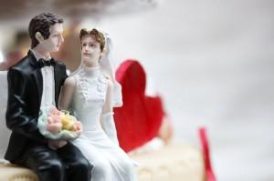 Brautpaare sollten den Wunsch nach Geldgeschenken schon in den Hochzeitseinladungen vermerken